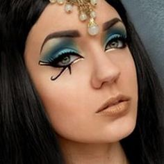 ancient egyptian style makeup Gotta do this before I leave Cairo