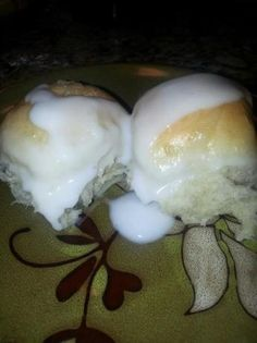 Easy Pani Popo, Samoan Coconut Bread - I Cook Different Gourmet Recipes, Bread Recipes, Cooking Recipes, Yummy Recipes, Entree Recipes, Dessert Recipes, Coconut Bread Recipe, Samoan Food, Chamorro Recipes