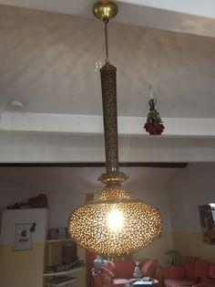 Restauration d'une suspension style oriental par Andrea Chic Home, Ceiling, Oriental, Inspiration, Pendant Light, Home, Chic Home Decor, Home Decor, Ceiling Lights