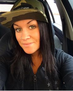 A great #tbt! From september 2015 by @nathaliee87 Rainy days..  #camo #dwbtoftshit #snapback