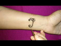 df9f36809cc2e DIY 'J' letter henna tattoo design || Alphabet j letter mehndi design