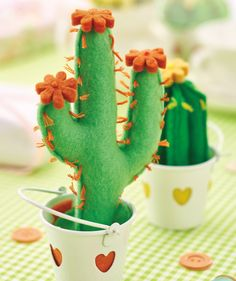Is there anything cuter than these cactus pincushions? We think not! They're really simple to make.
