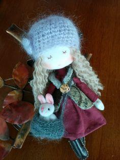 Fashionable mini Doll (rabbit)