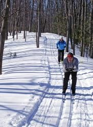 Wasaga Beach Provincial Park is a great place for cross country skiing and snowshoeing! 2 Days Trip, Day Trips, Wasaga Beach, Great Places, Places To See, Cross Country Skiing, Places Of Interest, Blue Mountain, Winter Activities