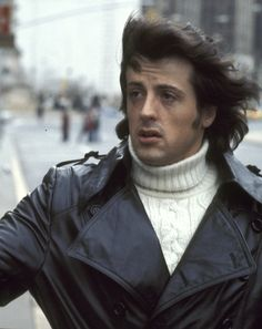 Tonight 11-21 in 1976, Rocky, starring Sylvester Stallone as the underdog prizefighter Rocky Balboa, debuted in New York City. The movie, which opened in theaters across the United States on 12-3-1976, was a huge box-office hit and received 10 Academy Award nominations