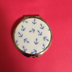 NWT! Anchor compact mirror Brand new pocket size Accessories
