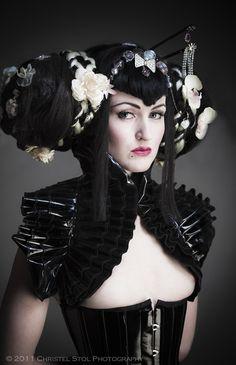 Queen Gothic Victorian wig