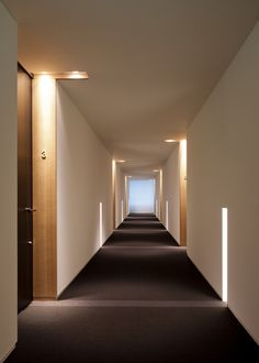 Does the thought of picking out a hotel for your next vacation give you anxiety? Hotel Hallway, Hotel Corridor, Hotel Room Design, Lobby Design, Lobby Interior, Interior Architecture, Corridor Lighting, Corridor Design, Hallway Designs
