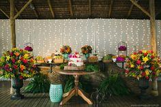 Casamento pé na areia leve e descontraído em Búzios – Marcela