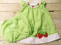 Youngland Girls 2 Pc Jumper & Bloomers Size 24 months Strawberries Green/White #Youngland