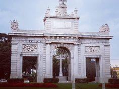 Puerta de la mar. #architecture #Valencia #Spain #españa Valencia, Architecture, Instagram Posts, Arquitetura, Architecture Illustrations, Architecture Design, Architects