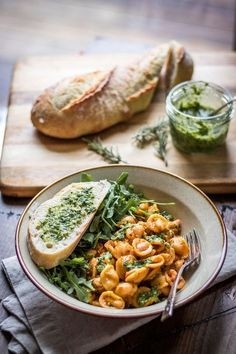 White Beans and Pasta with Rosemary Pesto: Tender beans cozy up with hearty pasta and fragrant pesto - a 30 minute weeknight meal! Need to try the rosemary pesto Italian Recipes, Vegan Recipes, Cooking Recipes, Spinach Recipes, Crockpot Recipes, Summer Vegetarian Recipes, Hamburger Recipes, Healthy Pasta Recipes, Tofu Recipes