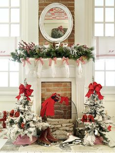 Decorating: Holiday Mantels