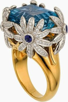 Jewelry OFF! Estate Jewelry:Rings Aquamarine Diamond Sapphire Platinum Gold Ring Jean S. Bijoux Design, Schmuck Design, Jewelry Design, Jewelry Rings, Jewelry Accessories, Fine Jewelry, Bling, Ring Set, Beautiful Rings