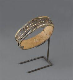 Tambourin. Egypte. Période : basse époque (664-332 av J.-C.). Paris, musée du Louvre