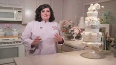 Working With Brides to Design the Perfect Wedding Cake with Marina Sousa