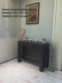 mesa consola extensible con pata giratoria en madera gris ceniza, todos los colores son posibles y a medida. www.tusmesasysillas.com Color Ceniza, Buffet, Cabinet, Storage, Furniture, Home Decor, Grey Hardwood, Colors, Clothes Stand