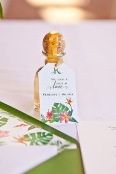 A colorful and vibrant tropical birds of paradise wedding styled shoot by Jennie Karges Photography Alcohol Wedding Favors, Creative Wedding Favors, Inexpensive Wedding Favors, Beach Wedding Favors, Wedding Favors For Guests, Hawaii Wedding, Sister Wedding, Bird Of Paradise Wedding, Pool Party Favors
