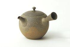 Nice Japanese tea pot by J.