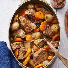 Riblappen met sjalotjes en wortel gestoofd in bokbier. Hoofdgerecht, 6 personen
