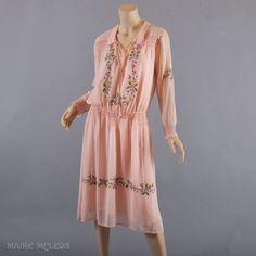 95a8d6f46c50 1920 s Dress    Vintage 20s Embroidered Peasant Dress   Slip
