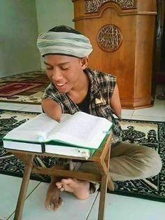 Ты мусульманин? А ты учишь #Коран???   «Неужели они не размышляют над Кораном? Или же на их сердцах замки?» (Мухаммад, 24).  http://ru.islamkingdom.com/Уроки-ислама/Поклонение/Чтение-Священного-Корана-его-нормы-и-правила