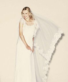 These French Bridal Gowns Are Dream-Wedding Worthy