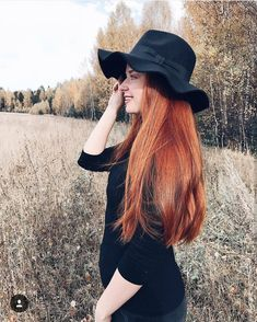 """418 Likes, 3 Comments - Redhead Rapunzels (@very_long_red_hair) on Instagram: """"That look  @Regrann from @umbird Admin:@bianqabm  #ginger #gingerpower #gingerhottie…"""""""