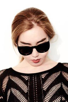 Andukae: Designer Oversize Round Circle Pointed Cat Eye Sunglasses 9180