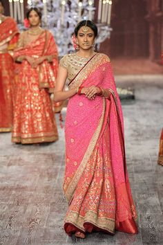 Tarun Tahiliani - India Couture Week 2016