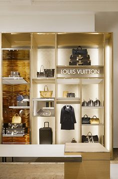 Gold Stainless Steel wall cube display for LV Handbag
