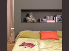Niche dans mur on pinterest salons cubes and deco for Chambre 8m2 deco
