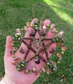 Pentacle - make your own pentacle and decorate it as a beautiful, protective ornament for the Wiccan in your life. Pentacle, Wiccan Crafts, Wiccan Decor, Witch Aesthetic, Book Of Shadows, Faeries, Witchcraft, Magick Spells, Wind Chimes