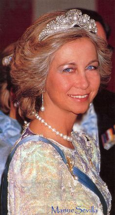 The Shell tiara was then presented by Ena, and her son and daughter-in-law, as a gift to Sofia of Greece when she wed Juan Carlos of Spain on 14 May 1962.