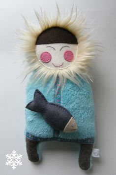 Inuit felt doll, smiling and armless Softies, Plushies, Eskimo, Crafts For Kids, Arts And Crafts, Handmade Soft Toys, Sewing Toys, Felt Toys, Soft Dolls