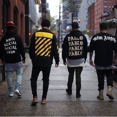 ** Streetwear daily - - - Click this picture to check out our clothing label ** Hip Hop Fashion, Fashion Moda, Urban Fashion, Love Fashion, Mens Fashion, Mode Streetwear, Streetwear Fashion, Best Streetwear Brands, Streetwear Wallpaper