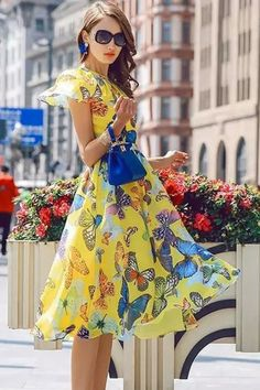 Flowy Pleated Butterflies Print Midi Dress