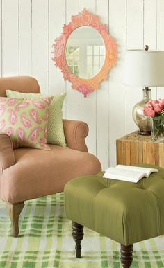 Pink and Green, love that mirror!