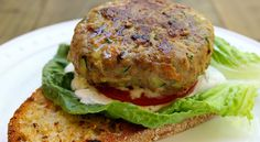Enjoy the best of both worlds with our clean eating Turkey Veggie Burger. This burger is a great way to get in tons of protein and veggie nutrients. Used ground chicken instead of turkey. Healthy Recipes, Ww Recipes, Dinner Recipes, Cooking Recipes, Lean Recipes, Skinny Recipes, Healthy Dinners, Delicious Recipes, Vegetarian Recipes