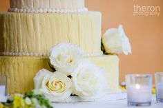 Yellow ombre' cake