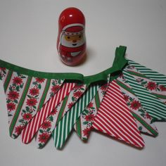 Vintage Fabric Christmas Bunting Decoration 12 Flags Poinsettia & Stripes