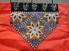 Traditional Outfits, Pot Holders, Diva, Europe, Clothing, Hardanger, Outfit, Clothes, Potholders