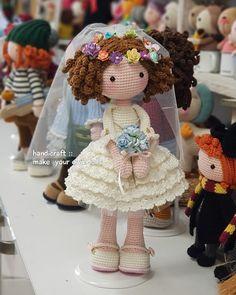 Doll Toys, Baby Dolls, Crochet Dolls, Crochet Hats, Crochet Elephant Pattern, Amigurumi Doll, Teddy Bear, Google, Crafts