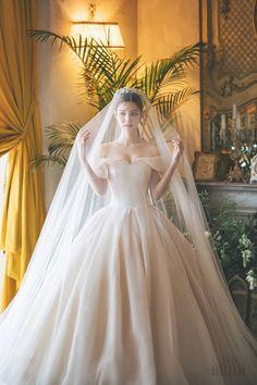 Barbie Wedding Dress, Boho Wedding Dress, Dream Wedding Dresses, Wedding Bride, Bridal Dresses, Wedding Gowns, Korean Wedding Photography, Bridal Photography, Weeding Dress