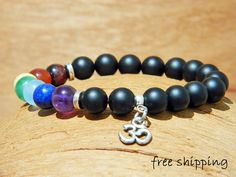 Mens bracelet,Unisex bracelet,Chakra bracelt,7 chakra bracelet,Onyx bracelet,Om bracelet,Stretch bracelet,Gemstone bracelet,Yoga bracelet