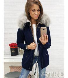 Tmavomodrá dámska zimná párka bunda s kapucňou. Zapínanie na lesklý zips a patentky. Kapucňa s odopínateľnou kožušinkou. Dve vonkajšie vrecká. Manžety sa zapínajú na gombíky. Regulovaná šírka v páse. Vhodné na celodenné nosenie. Parka, Coat, Jackets, Fashion, Down Jackets, Moda, Sewing Coat, Fashion Styles, Peacoats