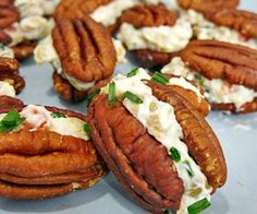 Jan CAN Cook Low Carb: Creamy Pecan Mini Sandwiches