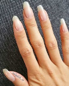 4 Amazing Ways To Repair Your Nails After Acrylics Nails healthy nails Cute Nails, Pretty Nails, My Nails, Long Natural Nails, Natural Manicure, Natural Makeup, Nails After Acrylics, Damaged Nails, Natural Nail Designs