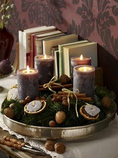 Surprise your friends and family this year and create a stylish Christmas decoration with the traditional warmth by making a craft of an advent wreath with candles. Christmas Candle Centerpieces, Rustic Candle Centerpieces, Christmas Candles, Rustic Christmas, Winter Christmas, Christmas Time, Christmas Decorations, Christmas Advent Wreath, Candle In The Wind