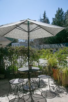 Did you know #6, the Climbing Suite has its own patio? Enjoy not only the inside space, but your own outdoor seating when you stay at the Outside Inn. Climbing Wall, Rock Climbing, Patio Set Up, Outdoor Seating, Outdoor Decor, Nevada City, Motel, Lodges, The Outsiders